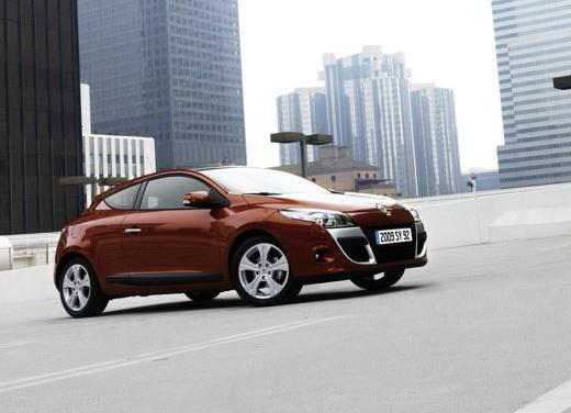 Renault - Foto 10 di 15