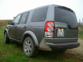 Land Rover Discovery 4 – Test Drive - Foto 16 di 23