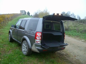 Land Rover Discovery 4 – Test Drive - Foto 17 di 23