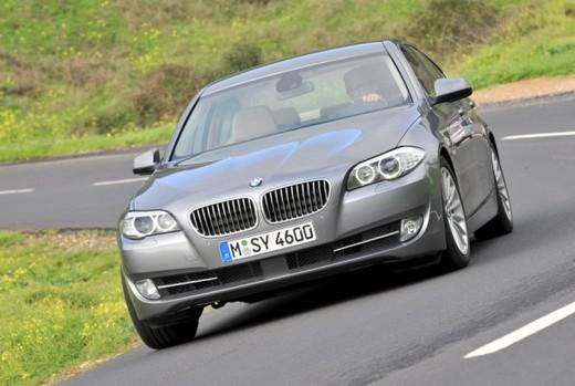 BMW Serie 5: prova su strada del nuovo modello leader del segmento E - Foto 3 di 16