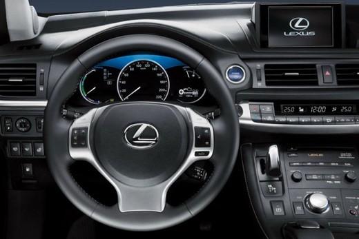 Lexus CT 200h - Foto 14 di 39