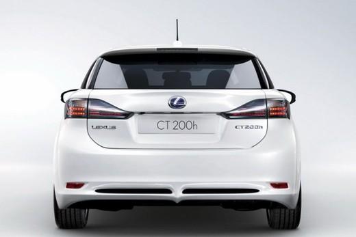 Lexus CT 200h - Foto 17 di 39