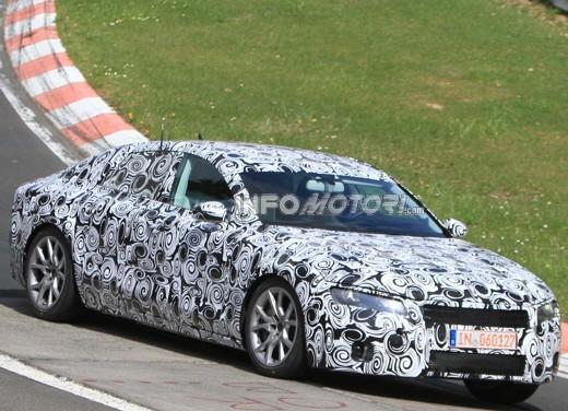 Audi A7 2011, nuove foto spia per la berlina top di gamma