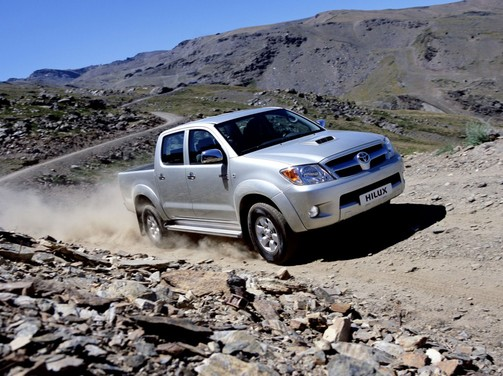 Toyota Hilux conquista il vulcano - Foto 3 di 8