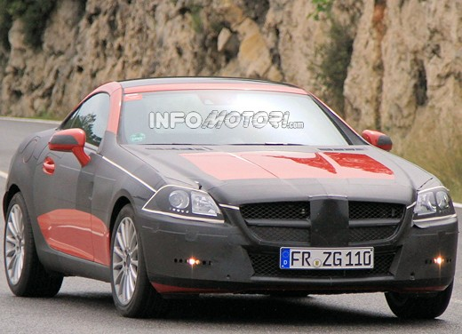Mercedes SLK scoop