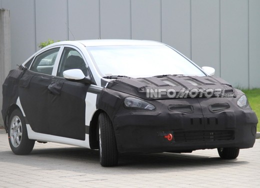 Hyundai Accent spy