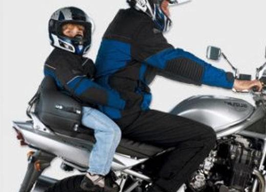 Codice della strada: niente seggiolino nelle moto - Foto 9 di 9