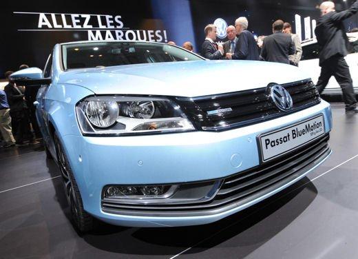 Volkswagen Passat Metano con Ecobonus sul prezzo di 3.600 euro - Foto 1 di 26