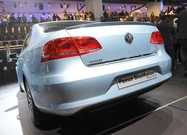 Volkswagen Passat Metano con Ecobonus sul prezzo di 3.600 euro - Foto 2 di 26
