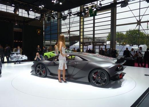 Lamborghini Sesto Elemento al Salone di Parigi 2010 - Foto 3 di 10