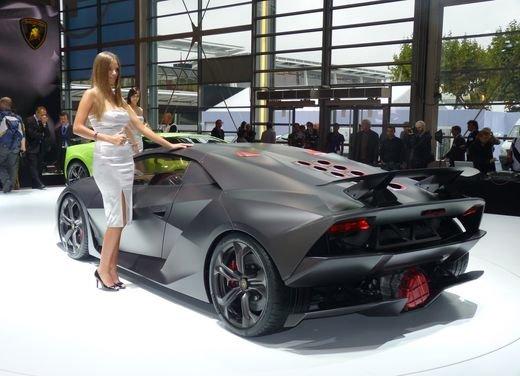 Lamborghini Sesto Elemento al Salone di Parigi 2010 - Foto 4 di 10