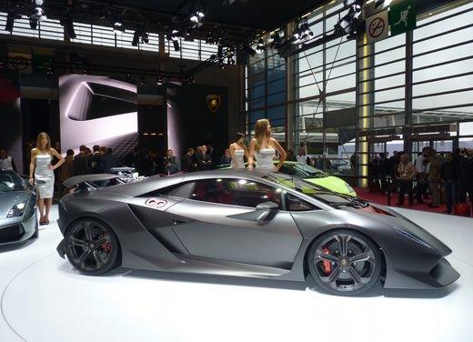 Lamborghini Sesto Elemento al Salone di Parigi 2010 - Foto 7 di 10