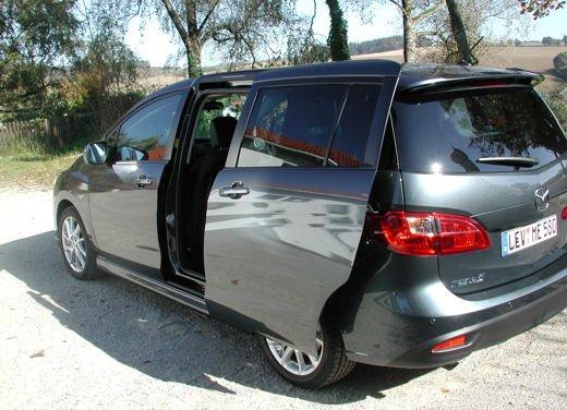 Nuova Mazda5 Prova su strada - Foto 11 di 14
