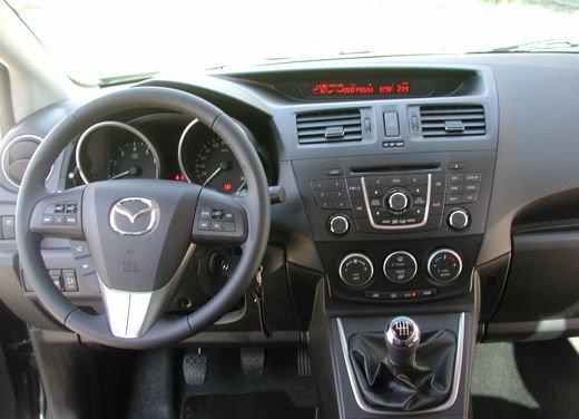 Nuova Mazda5 Prova su strada - Foto 12 di 14