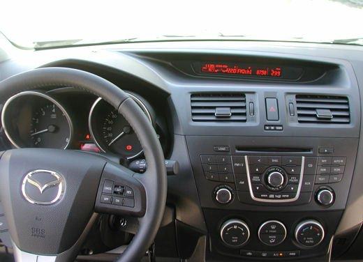 Nuova Mazda5 Prova su strada - Foto 13 di 14