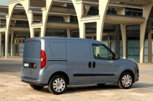 Fiat Nuovo Doblò Cargo International Van of the Year 2011 - Foto 11 di 16