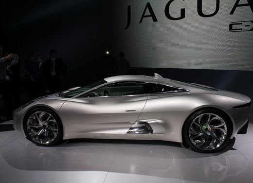 Jaguar C-X75 al salone di Los Angeles
