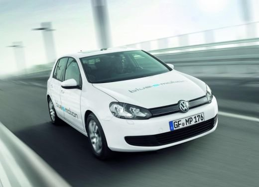 Volkswagen: carburante fossile e combustione, tutti i dati sulla CO2 - Foto 9 di 17