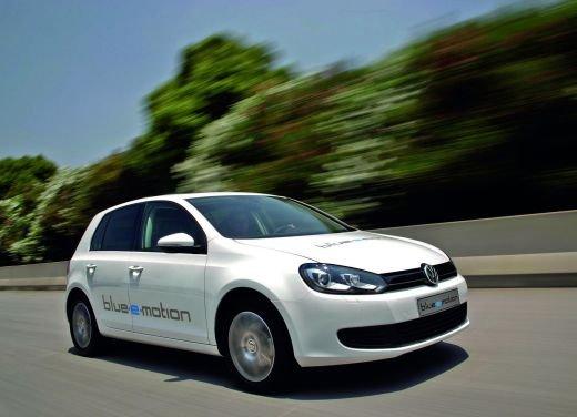 Volkswagen: carburante fossile e combustione, tutti i dati sulla CO2 - Foto 5 di 17