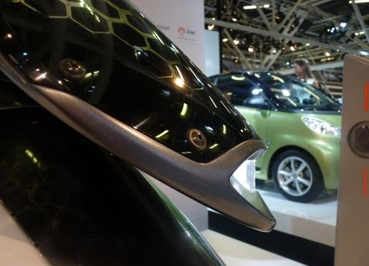 smart fortwo electric drive a Eicma 2010 - Foto 7 di 26