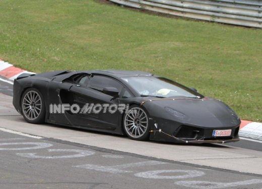 Lamborghini Aventador con sospensioni push rod - Foto 6 di 13