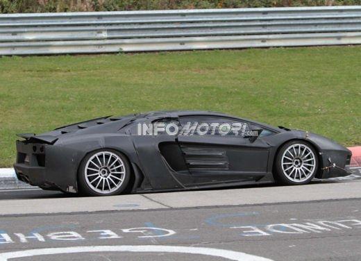 Lamborghini Aventador con sospensioni push rod - Foto 7 di 13