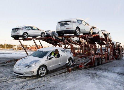 Chevrolet Volt, iniziate le consegne in USA - Foto 8 di 8