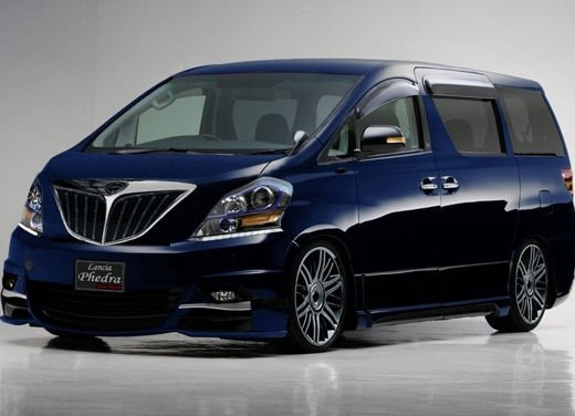 Nuova Lancia Phedra, primi bozzetti per l'auto in fase di sviluppo