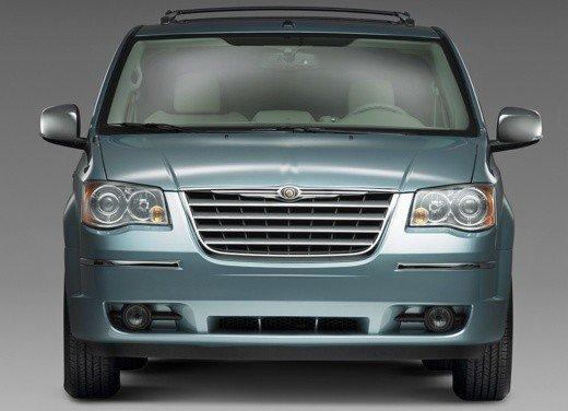 Nuova Lancia Phedra, primi bozzetti per l'auto in fase di sviluppo - Foto 11 di 20