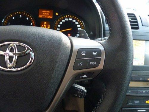 Toyota Avensis Long Test Drive - Foto 18 di 50