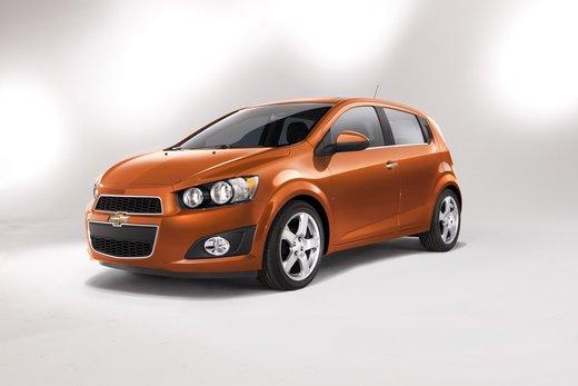 Chevrolet Sonic - Foto 1 di 9