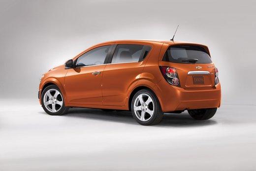 Chevrolet Sonic - Foto 2 di 9