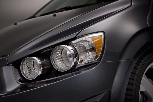 Chevrolet Sonic - Foto 7 di 9