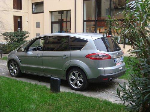 Ford S-Max Long Test drive sui colli del Veneto per la monovolume Ford - Foto 7 di 8