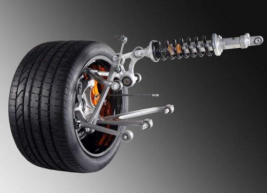 Lamborghini Aventador con sospensioni push rod - Foto 1 di 13