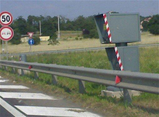 Limiti di velocità: servono regole chiare per una maggior sicurezza - Foto 4 di 8