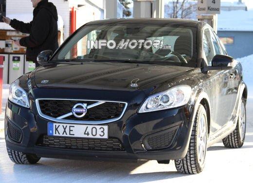 Volvo C30 foto spia