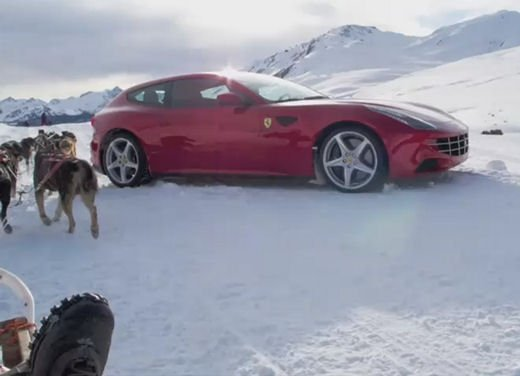 Ferrari FF video sulla neve