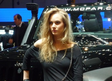 Salone Auto Ginevra 2011 – Girls 2