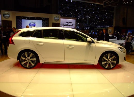 Volvo V60 ibrida plug-in