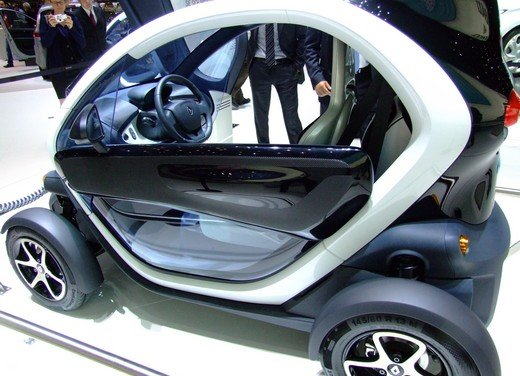Renault protagonista di un convegno sulla mobilità elettrica - Foto 18 di 23