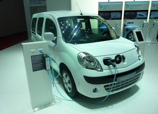Renault protagonista di un convegno sulla mobilità elettrica - Foto 1 di 23