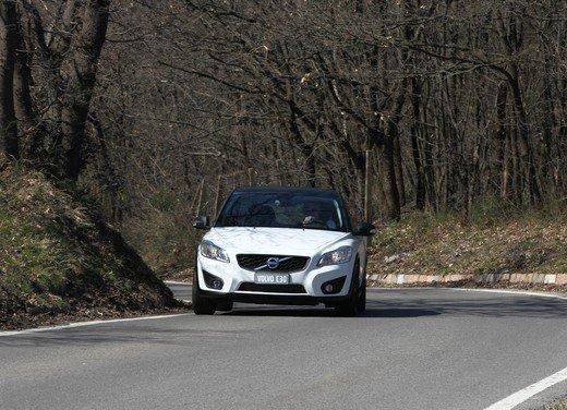 Volvo C30 Black Design: bicolore sportivo solo per l'Italia sotto i 20.000 euro - Foto 2 di 17