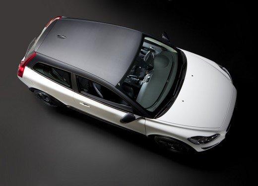Volvo C30 Black Design: bicolore sportivo solo per l'Italia sotto i 20.000 euro