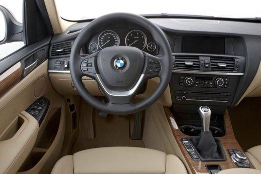 BMW nuova X3. Design ed interni ringiovaniti per la seconda generazione di X3 - Foto 5 di 13