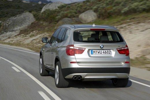 BMW nuova X3. Design ed interni ringiovaniti per la seconda generazione di X3 - Foto 8 di 13