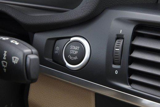 BMW nuova X3. Design ed interni ringiovaniti per la seconda generazione di X3 - Foto 12 di 13