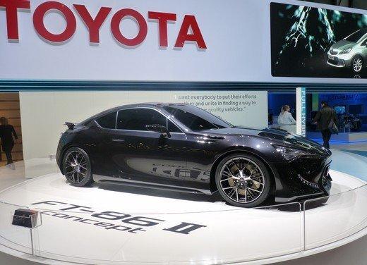 Toyota FT86: i dettagli della nuova coupé Toyota nata in collaborazione con Subaru - Foto 14 di 16