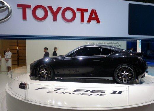 Toyota FT86: i dettagli della nuova coupé Toyota nata in collaborazione con Subaru - Foto 16 di 16