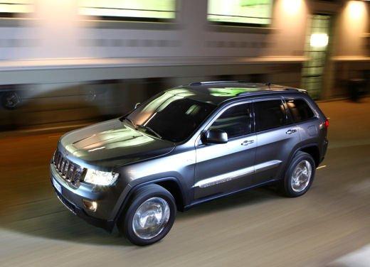Nuovo Jeep Grand Cherokee provato su strada. Leggi il Test Drive di Infomotori